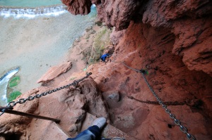 The descent to Mooney falls (photo by Jesse).